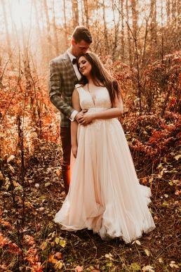 jesienne zdjęcia ślubne w lesie Kraków